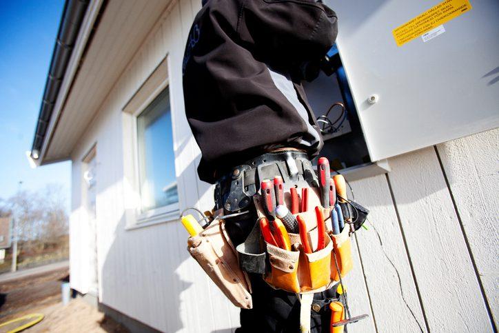 Polk Electric LLC | Electrician at work